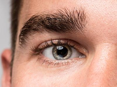 Técnica inédita recupera a visão de homem cego por retinopatia
