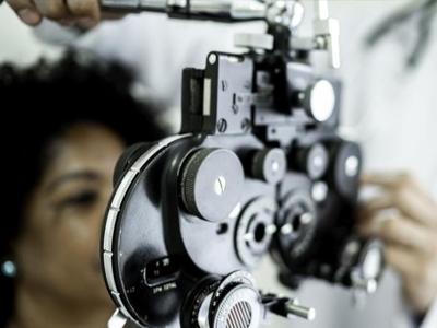 Brasileiros têm piora em saúde dos olhos em meio à pandemia